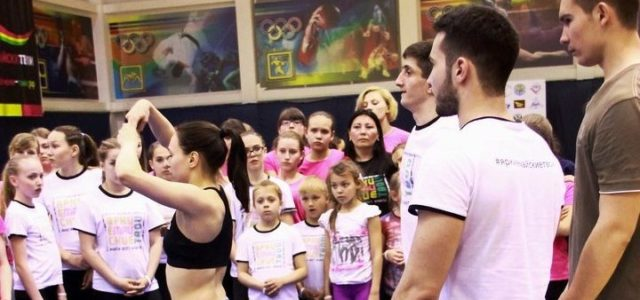Master class from last year's cheerleading champions – GRAND team