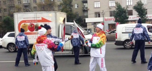 Наш VIP-гость: Актер Иван Кокорин — ведущий торжественного открытия фестиваля на главной сцене перед ЛДС «Айсберг»