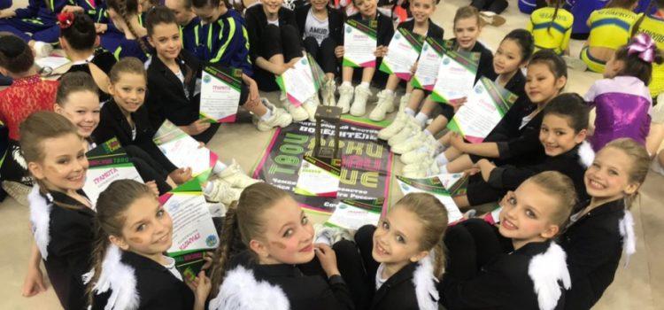 Чир-команда из Хабаровска поразила зрителей в Сочи