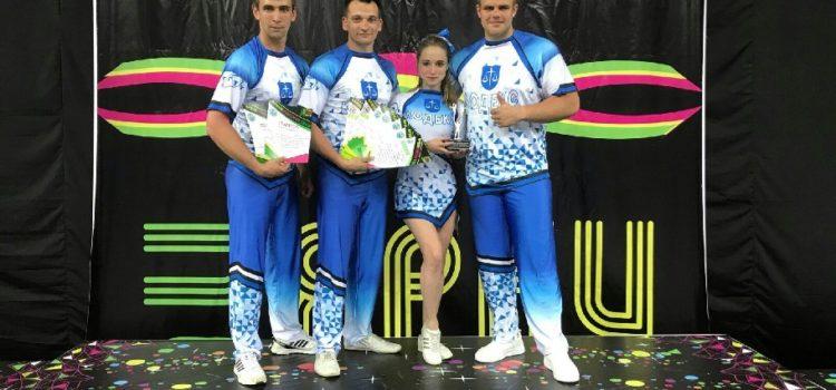 Команда по спортивному чирлидингу «КОДЕКС» (Тамбов) на фестивале